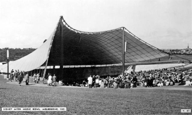 Postcard of Sidney Myer Music Bowl built in 1958-59 commanding an elevated