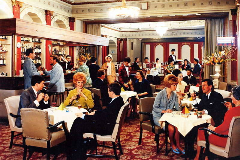 Menzies Hotel: Inside the dining room.